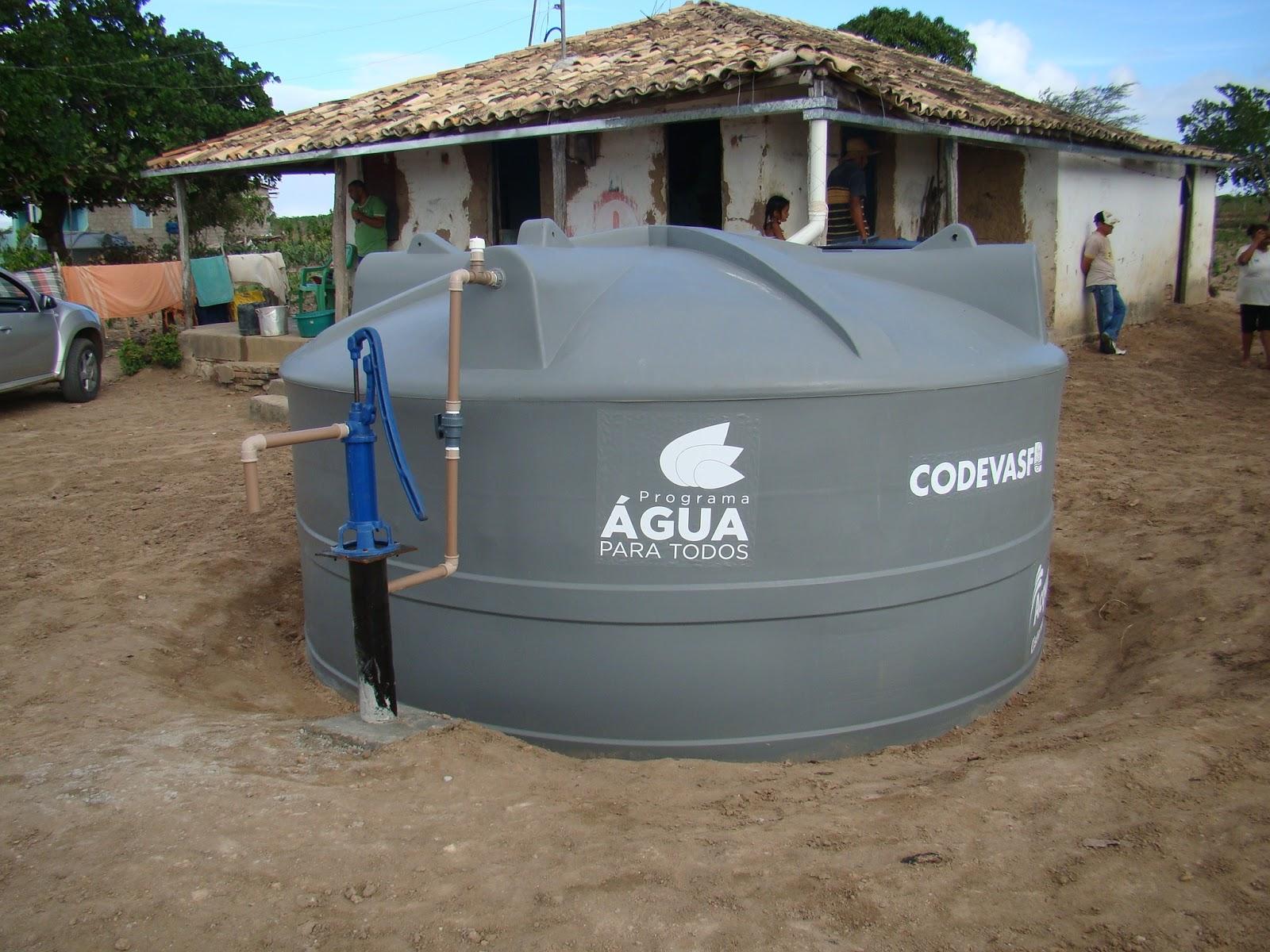 Espa o livre 159 mil cisternas foram entregues no semi rido for Cisternas de agua a domicilio