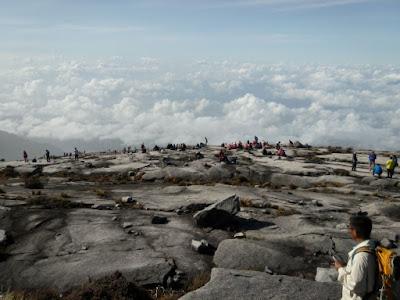 Gunung Kinabalu runtuh kerana Gempa bumi Ranau Sabah
