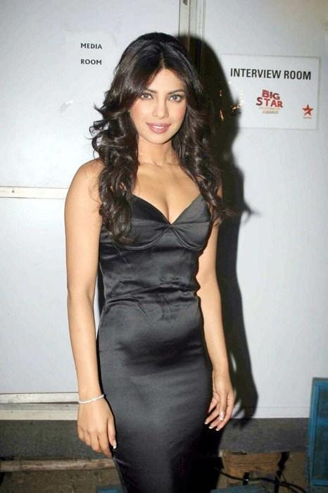 Ultimate Bollywood Divas: UBD's Bollywood-Bytes 14-August-2011