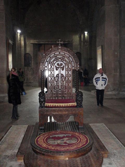 Трон в грузинском храме