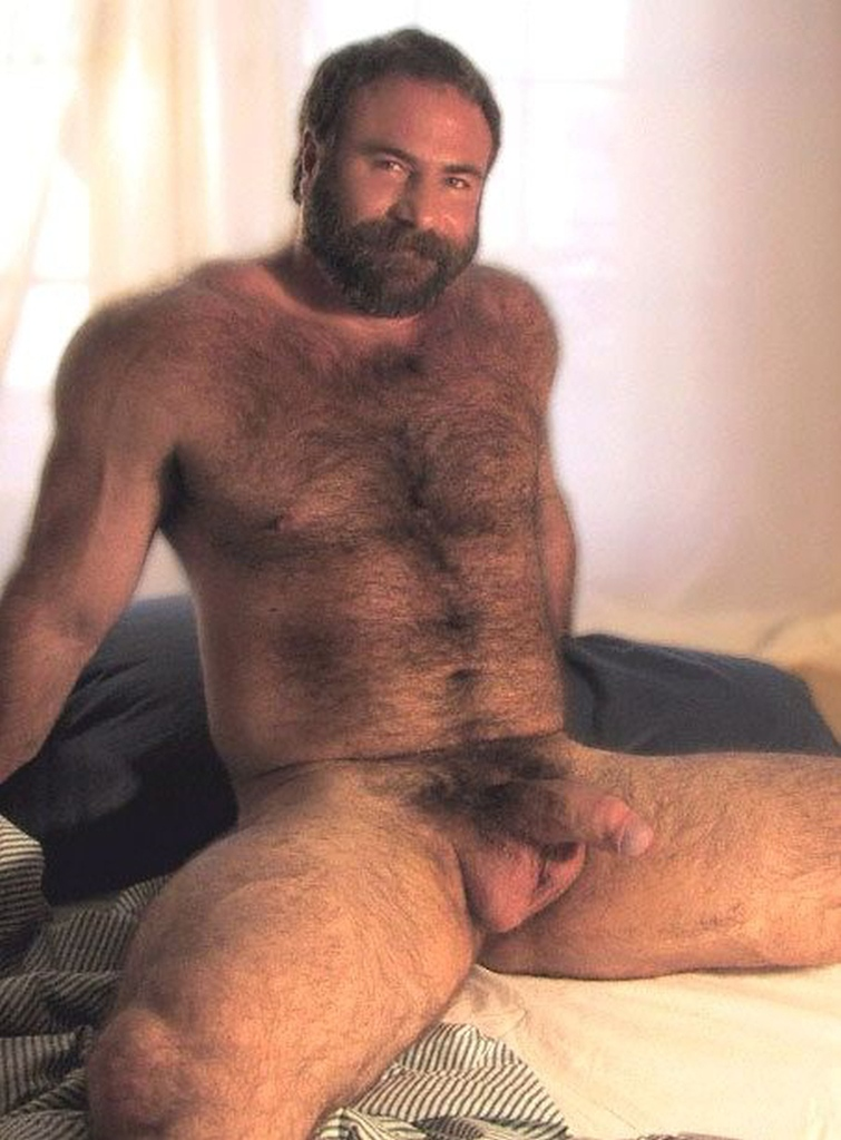 Very nice hairy mature man ya!!! Sophie just