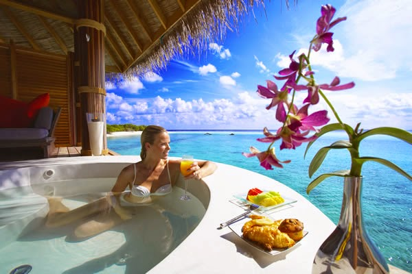 Travel n Camping Info cites 5 best luxury resorts in Maldives to enjoy your stay