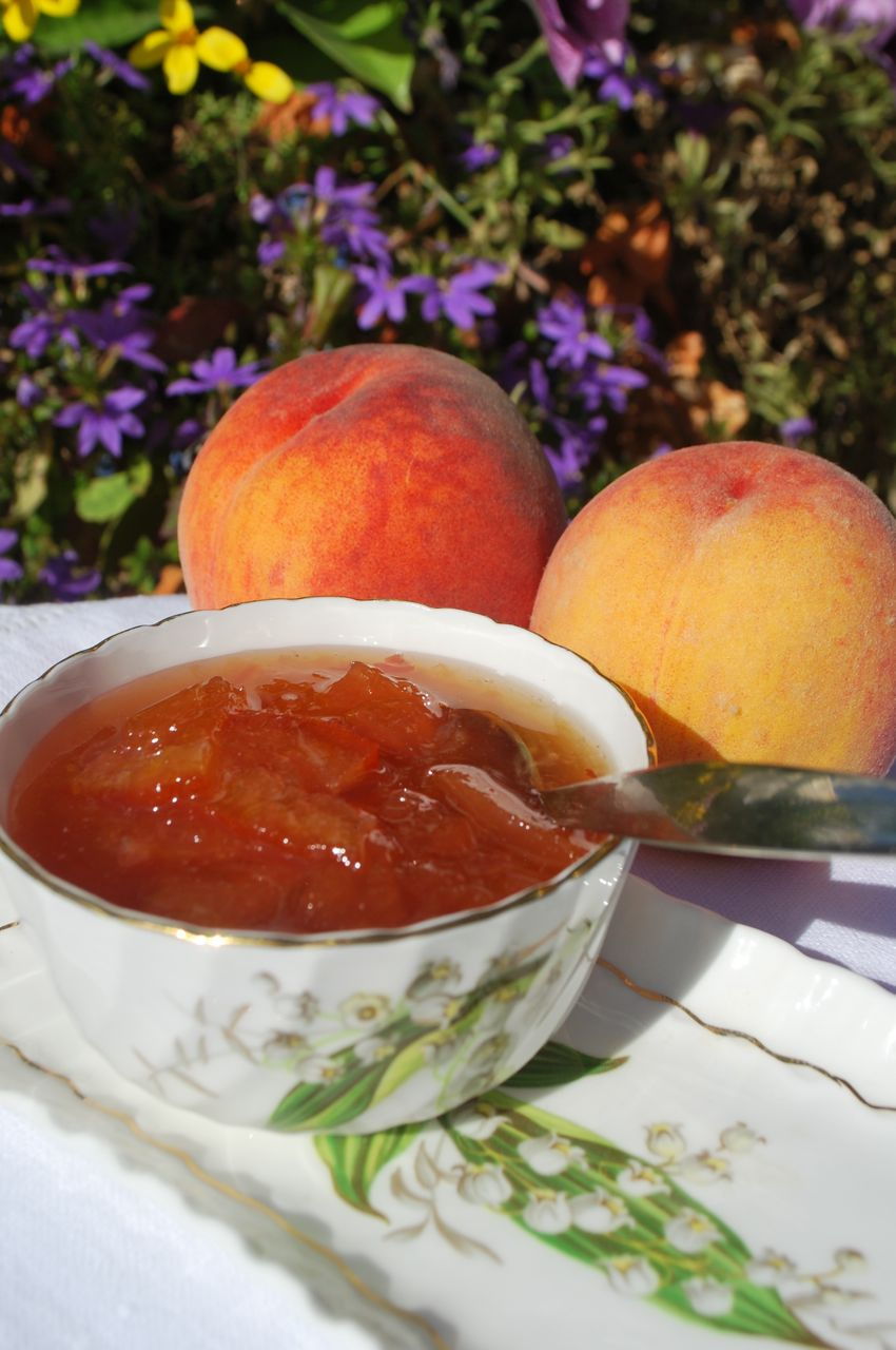 scrumpdillyicious aunt joyce 39 s peach marmalade