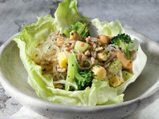 Salade de nouilles thaïe au poulet