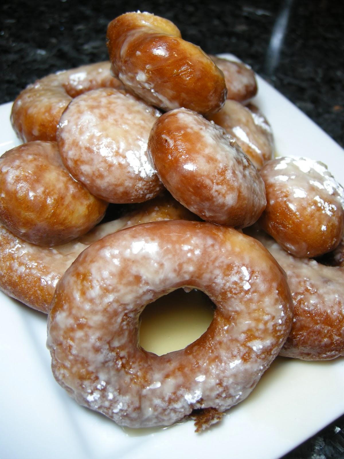 rosie makes doughnuts.