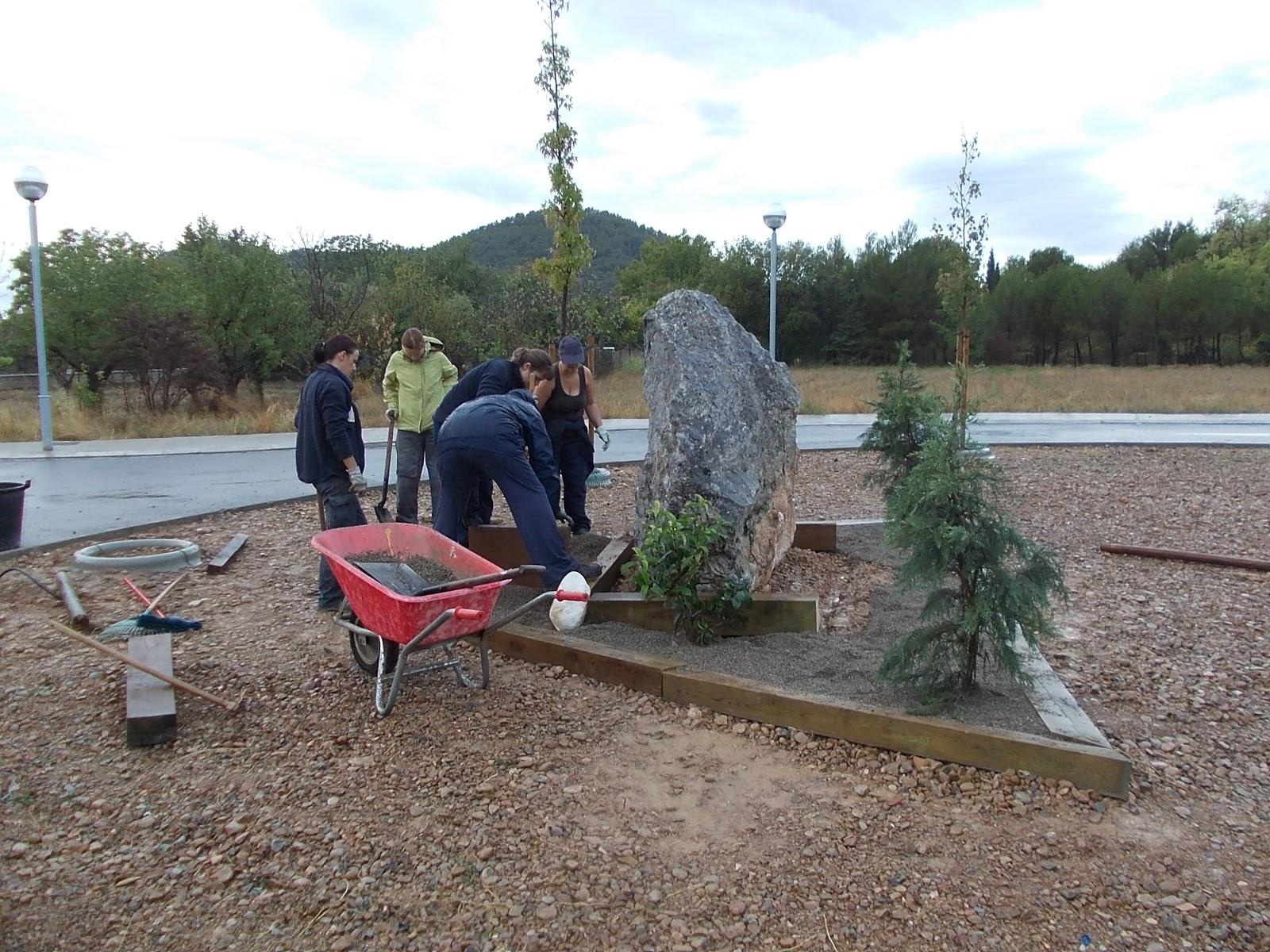 Ayerbe taller de empleo jardineria glorieta rabad y navarro for Jardineria navarro