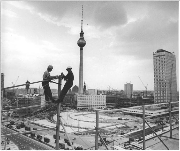 Haus Der Statistik: Musings On Museums: Worker's Paradise Lost: Alexanderplatz