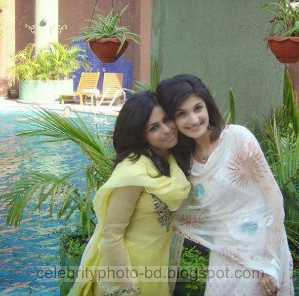 Beautiful%2BCute%2BPakistani%2BGirls%2BLatest%2BWallpapers%2B2014002