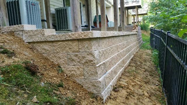 Custom Stoneworks Design Inc Keystone Retaining Wall