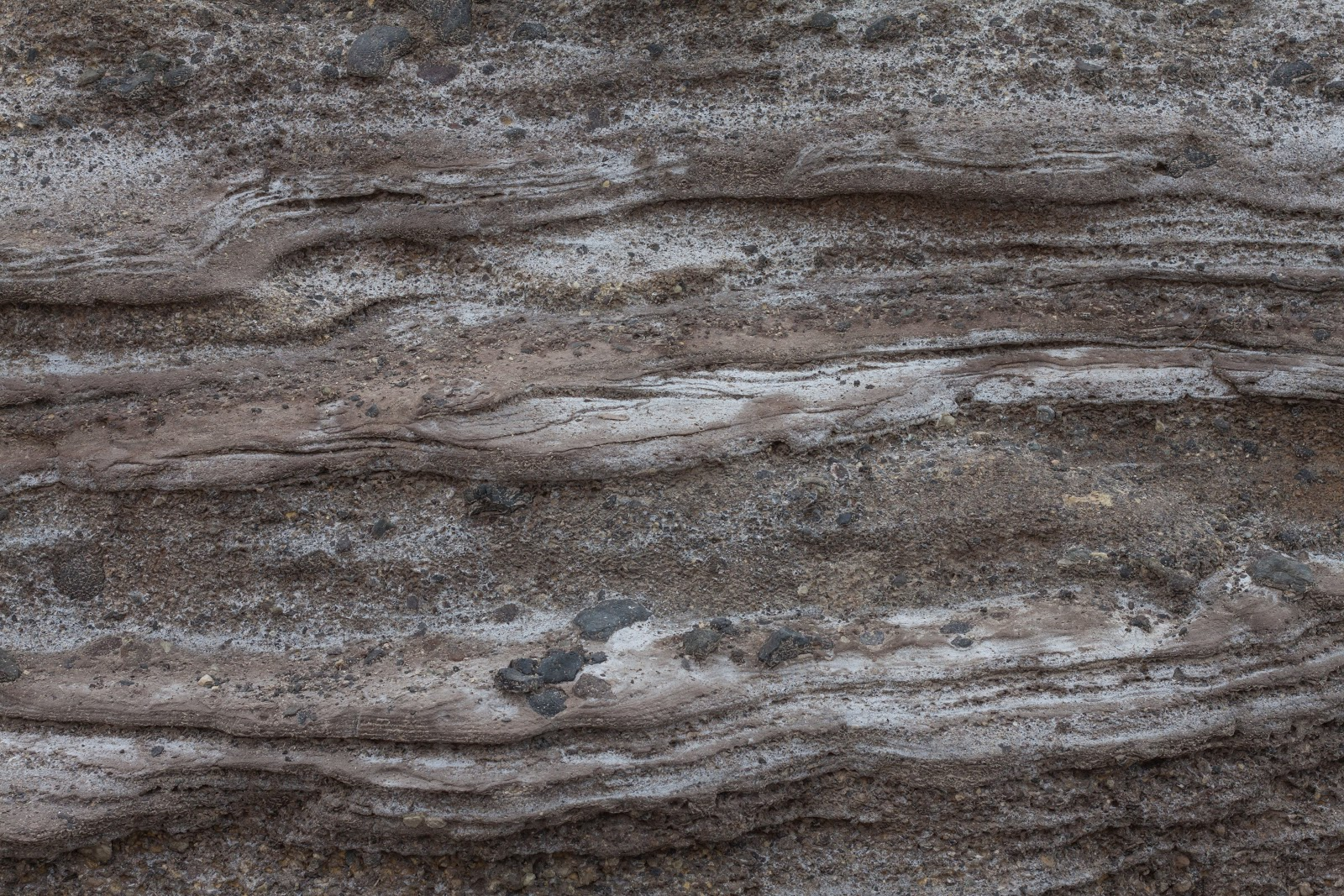 High Resolution Seamless Textures: Wavy rock wall texture
