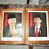 Frame foto Presiden Jokowi - Jusuf Kalla kayu jati