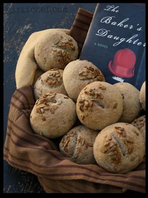 Sonnenblumenkernbrot (Sunflower Seed Rolls) inspired by The Baker's Daughter {cook the books} | www.girlichef.com