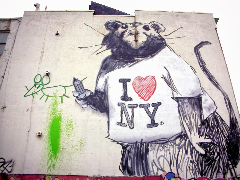 Mr nyc banksy takes nyc for Banksy rat mural