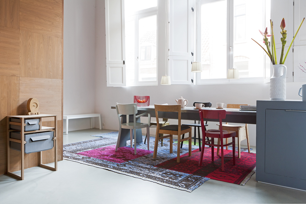 Karpet en vloerverwarming leef interieuradvies - Tapijt onder de eettafel ...