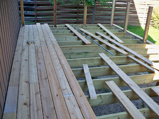 Kevin laurie build a deck step 7 railing posts and decking for 5 metre decking boards