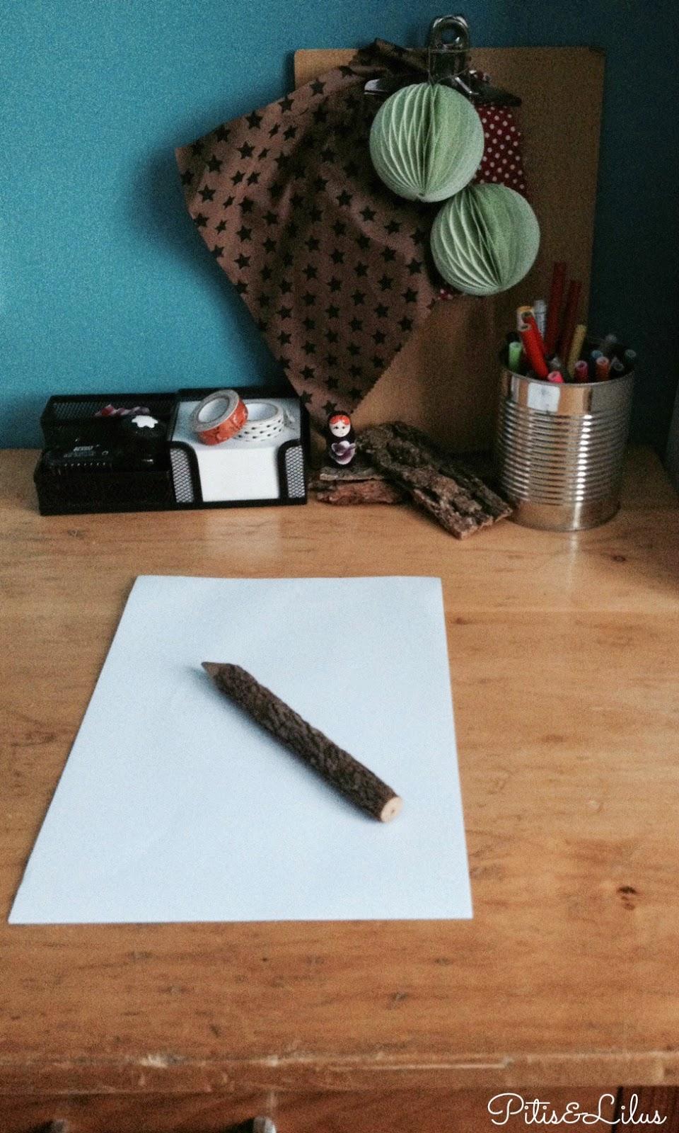 Proyecto Miss Lavanda con la F de Folio en blanco