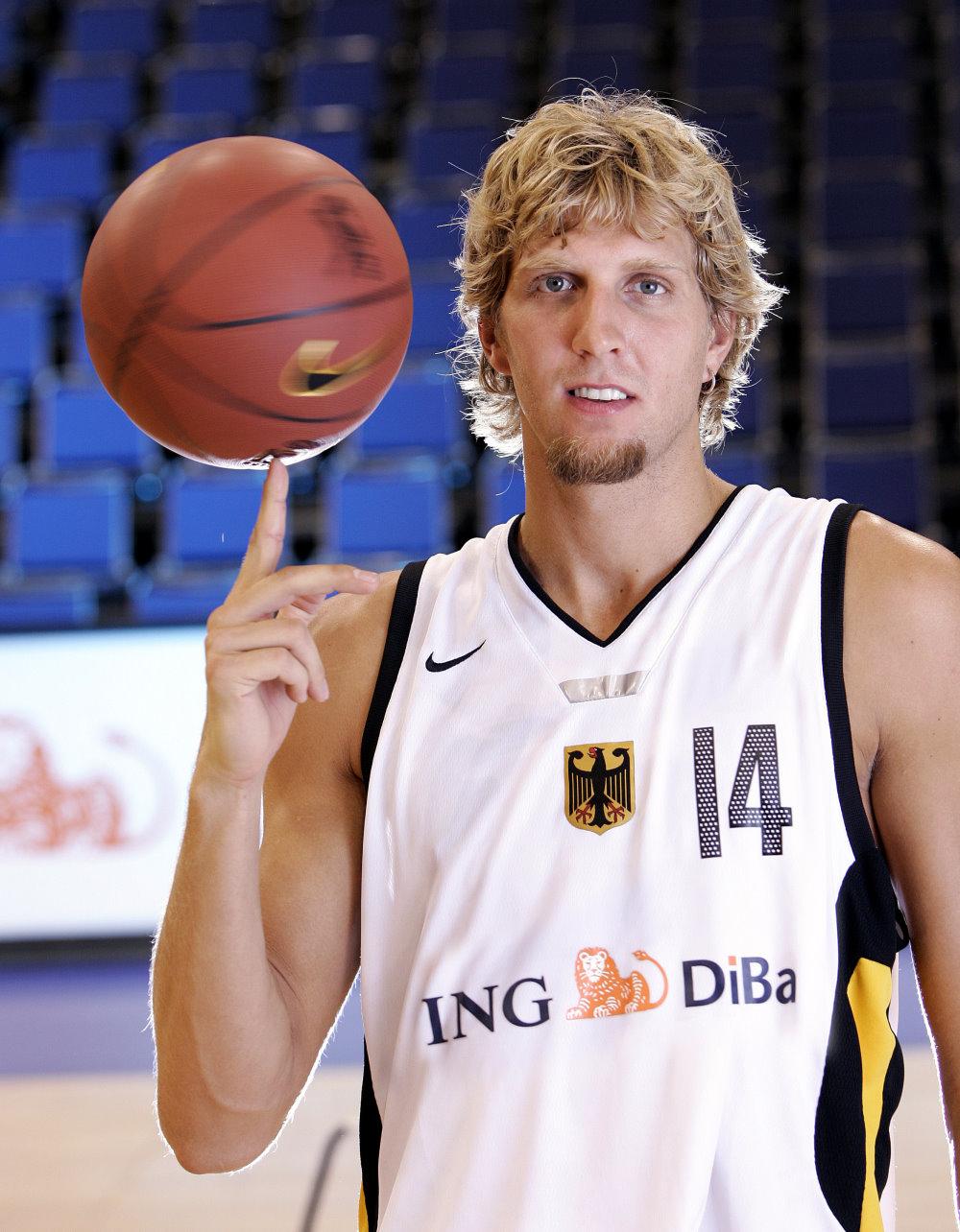 Dallas Mavericks : Dirk Nowitzki, Los Angeles Lakers : Kobe Bryant - Ain Sport