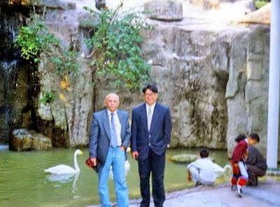 Iuri Akobia en el zoo de la ciudad de Guangzhou