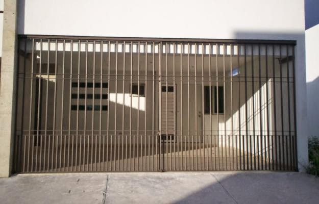 Remodelaciones de casas dise o construccion y - Modelos de puertas metalicas para casas ...