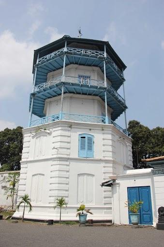 menara sangga buwana keraton surakarta hadiningrat