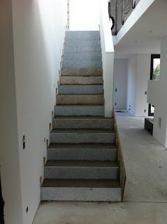 Betontreppe ausgleichen für Beton Cire Beschichtung