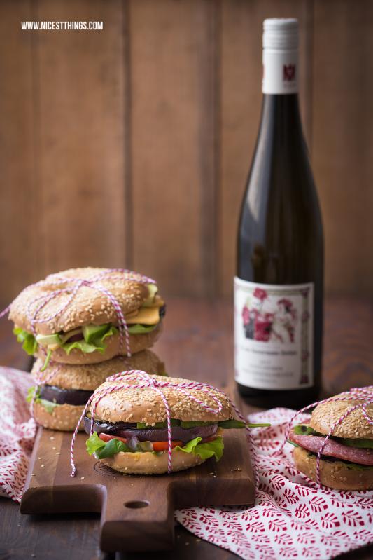 Bagel Rezept Bagels mit Hummus, Avocado und gegrillter Aubergine #bagel #bagels #foodblogger #rezept #burger #avocado #aubergine #hummus