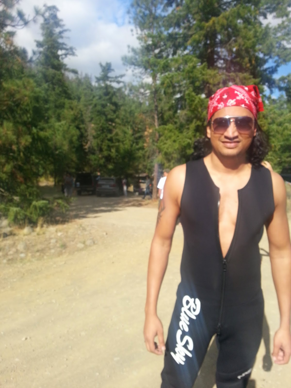 Best Rafting experience, Indian family outings in USA, Things to do near Seattle, Man in black wet suits