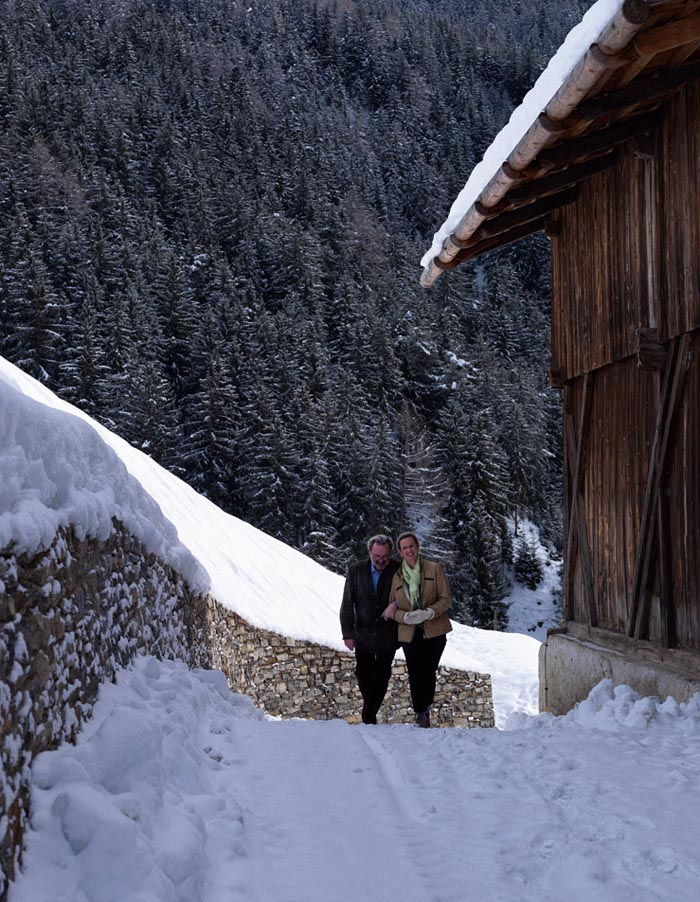 una casa rustica moderna- paseo por la nieve