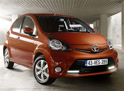 2012 Toyota Aygo Front View