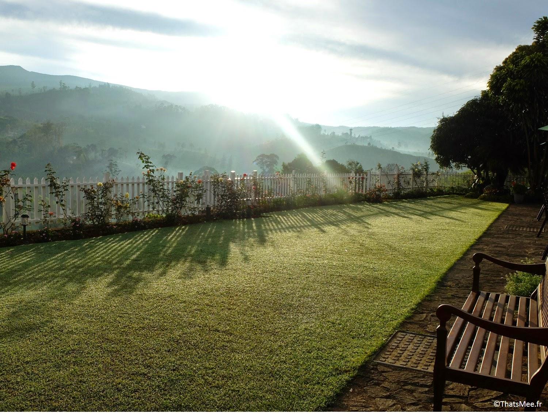 lever soleil aube hotel Amaya Langdale Nuwara Eliya Sri-Lanka  au coeur des plantations thé