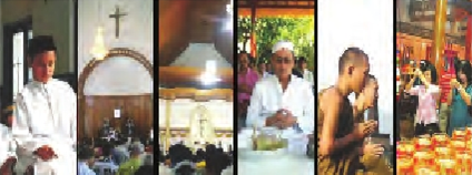 Umat Beragama sedang melaksanakan ibadah menurut agama dan Kepercayaan masing-masing