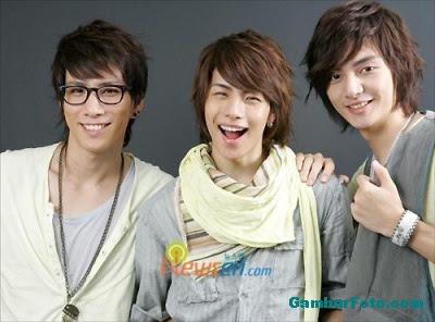 T-Max Korean Boyband