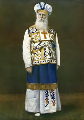 ohn Alexander Dowie in his robes as Elijah the Restorer, c. 1904