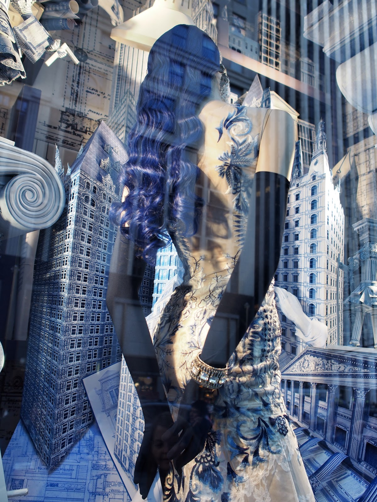 Blue-Haired Lady #bluehairedlady  #bgwindows #5thavenuewindows #holidaysinNYC #besttimeoftheyear  ©2014 Nancy Lundebjerg