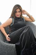 Farah khan glamorous photos-thumbnail-8