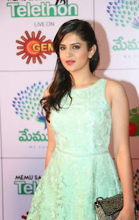 Actress Deeksha Seth Latest Pictures in Short Dress at Memu Saitam Dinner with Stars Red Carpet  16.jpg