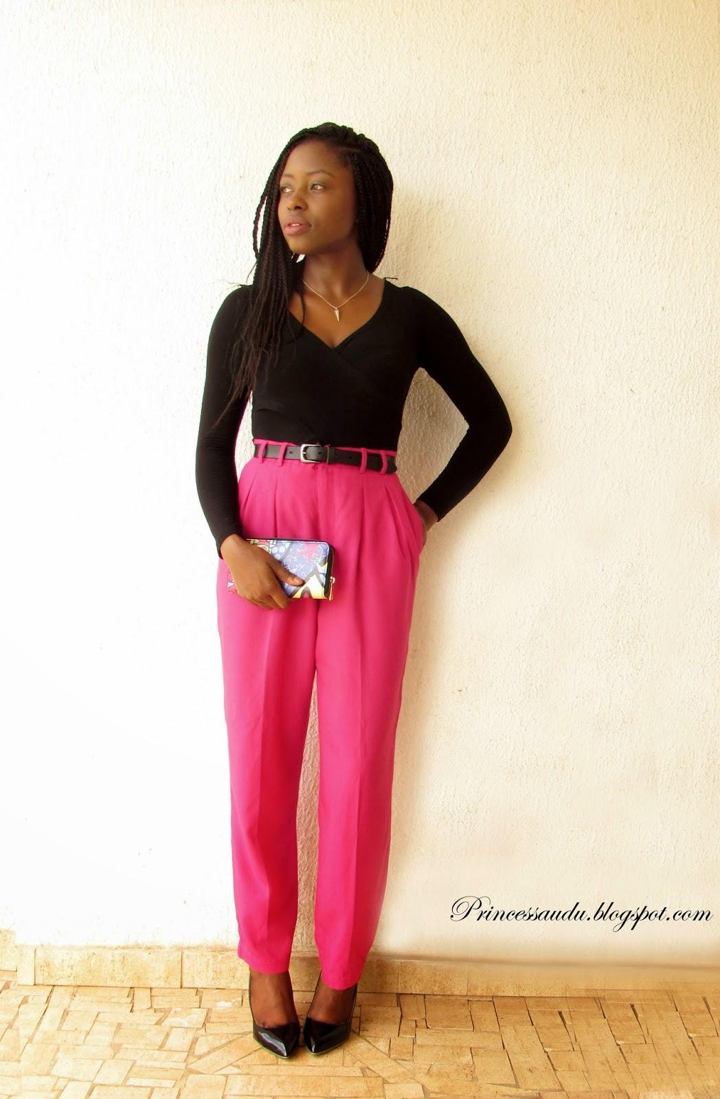 high-waist trousers, black pumps, pink, vintage, date night