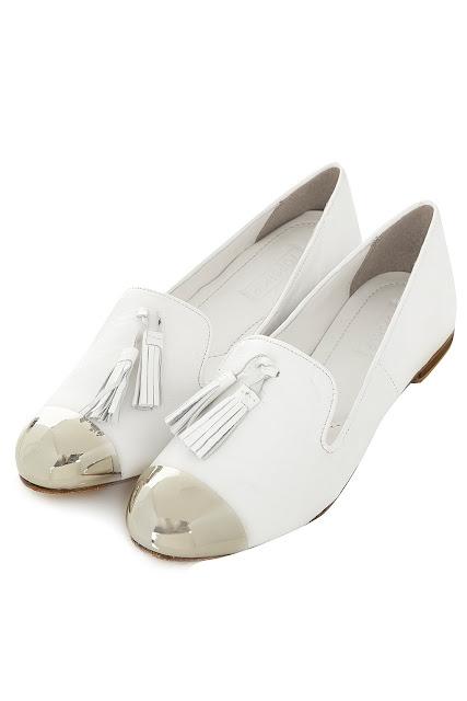 white toecap slippers