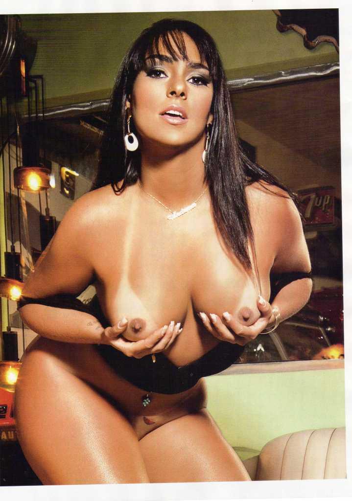 Mulher Melancia Nua Mostrando Sua Delicia De Buceta Depilada Veja