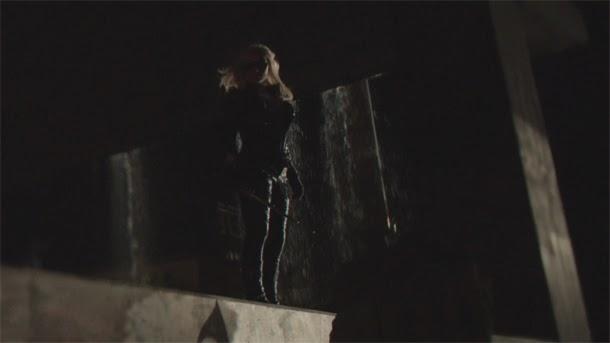 """Canario Negro en """"Arrow 2x01 - City of Heroes"""""""