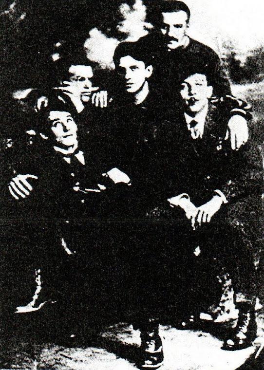 O Grupo (Literário Russo)  Hyleae (São Petersburgo, 1910-1913).
