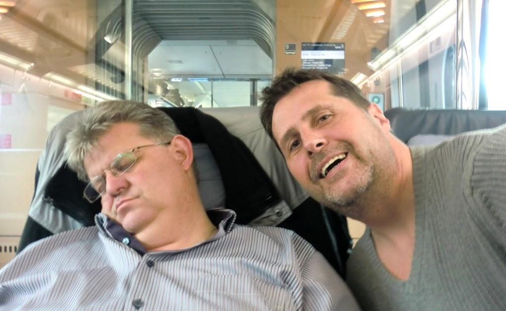 Eli´s Gedankenpupse: Die Nackte im Zug