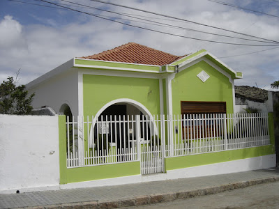 Fotos de casas bonitas e simples folk pop for Casas simples por dentro