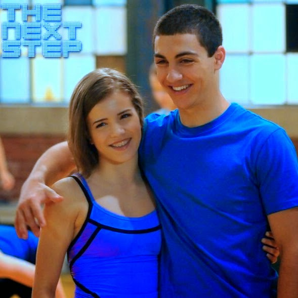 is james and riley from the next step dating in real life