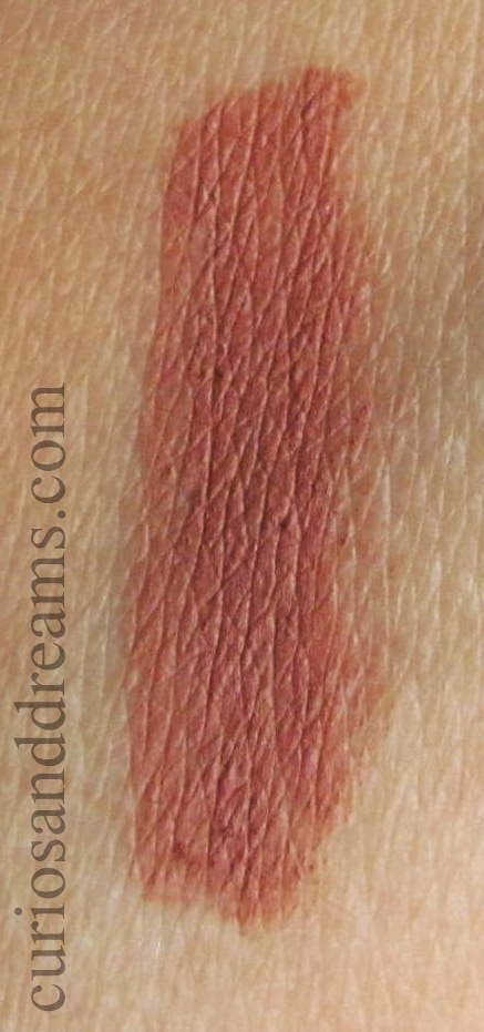 Lakme 9-to-5 Lip Liner Brick Rose Review, Lakme 9-to-5 Lip Liner Brick Rose swatch