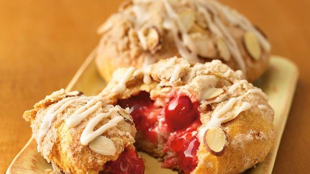 Ginnie's Gems: CHERRY ALMOND STREUSEL DANISH by PILLSBURY