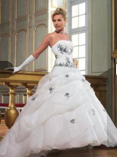 Colección Vestidos de Novia Tomy Mariage 2012