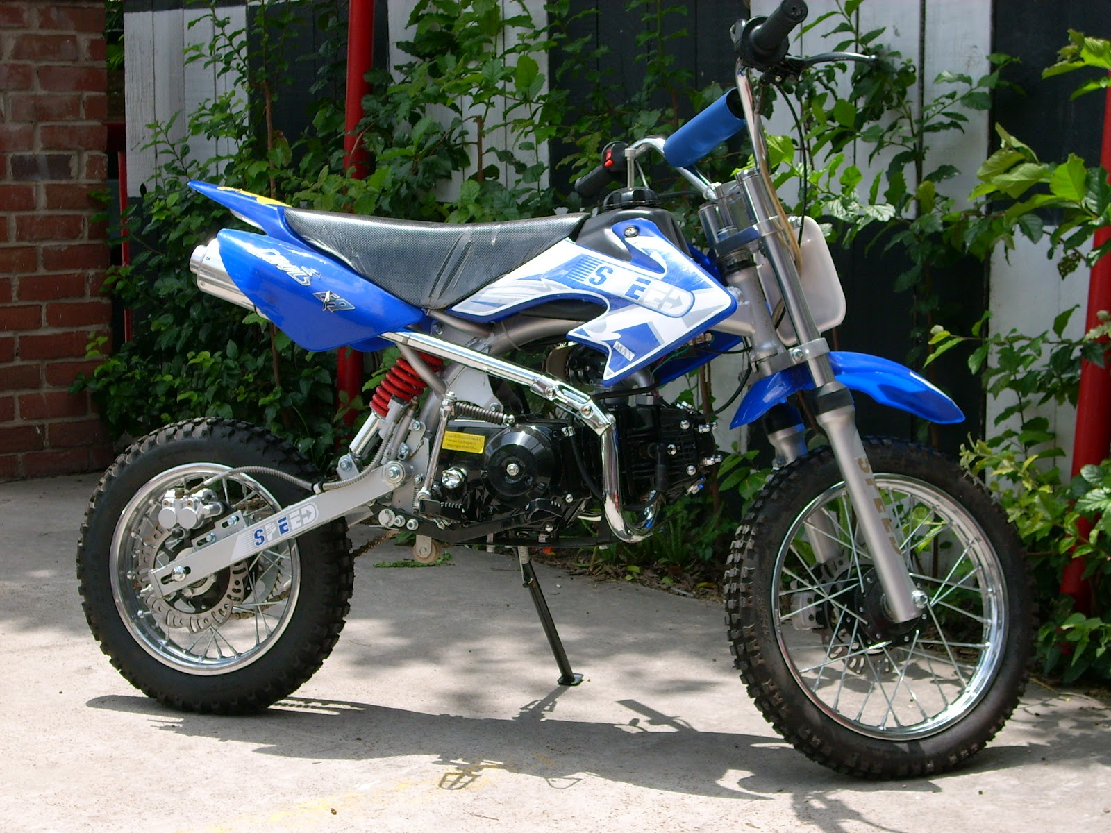 hd animals yamaha pit bike
