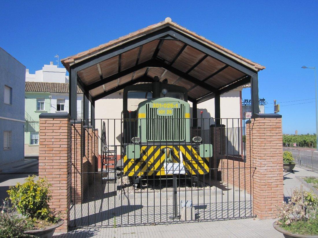 Locomotora Pegasina de l'estació d'Almoines