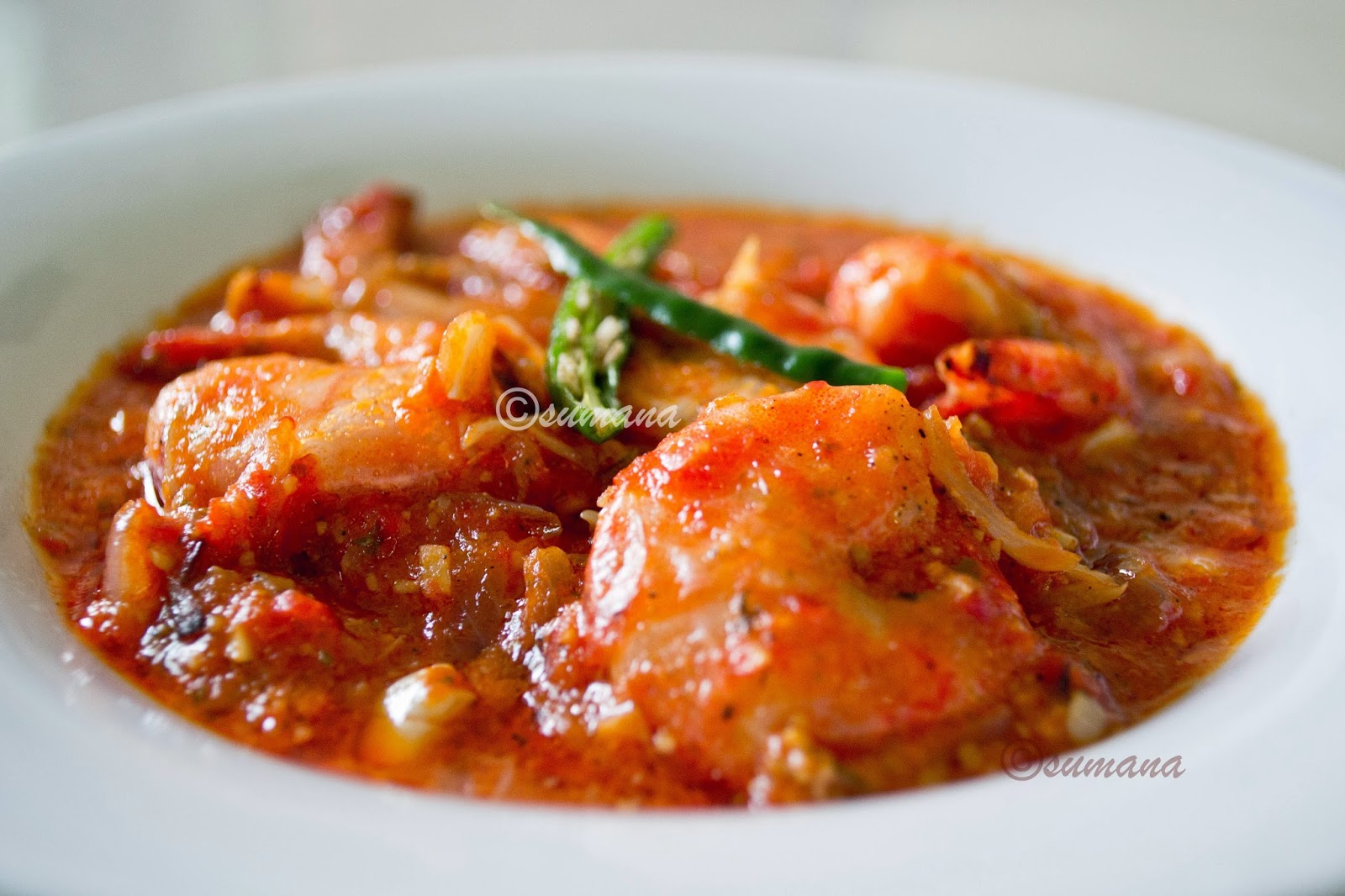 Gambus pil pil is a spicy prawn recipe with garlic chilli and olive oil